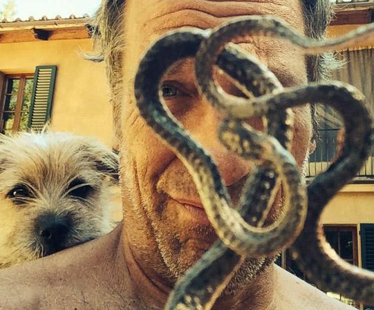 Mike, Freddie & the snake - 1
