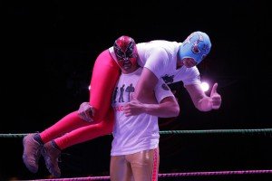 03MexicanWrestlingMeetsBurlesque