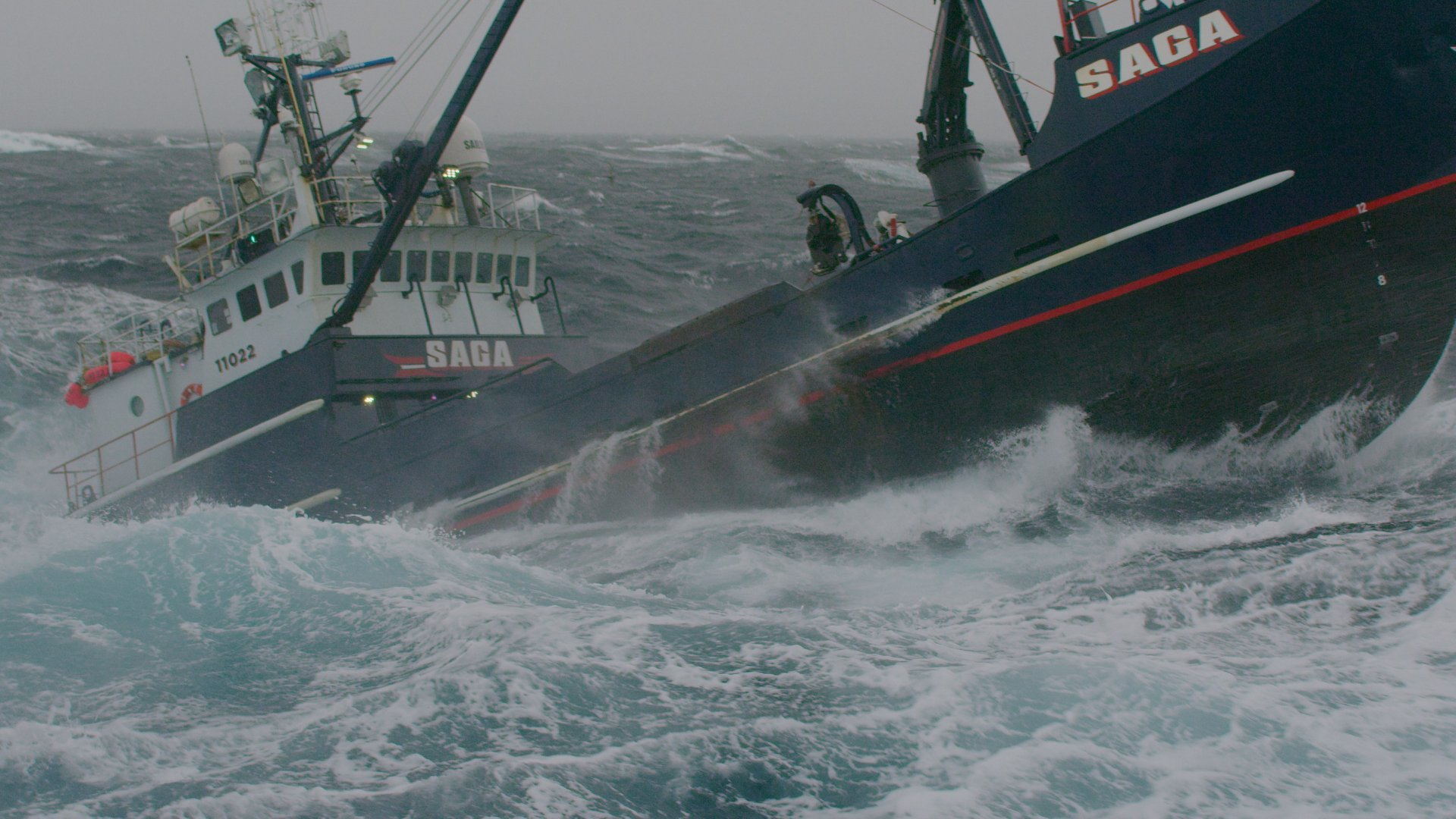 new season of the deadliest catch starts apr 10th mike rowe