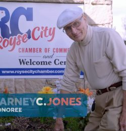 Returning The Favor: An 82 yr. old Small Town Hero